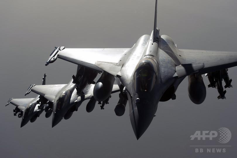 フランス、シリアのIS「首都」を...