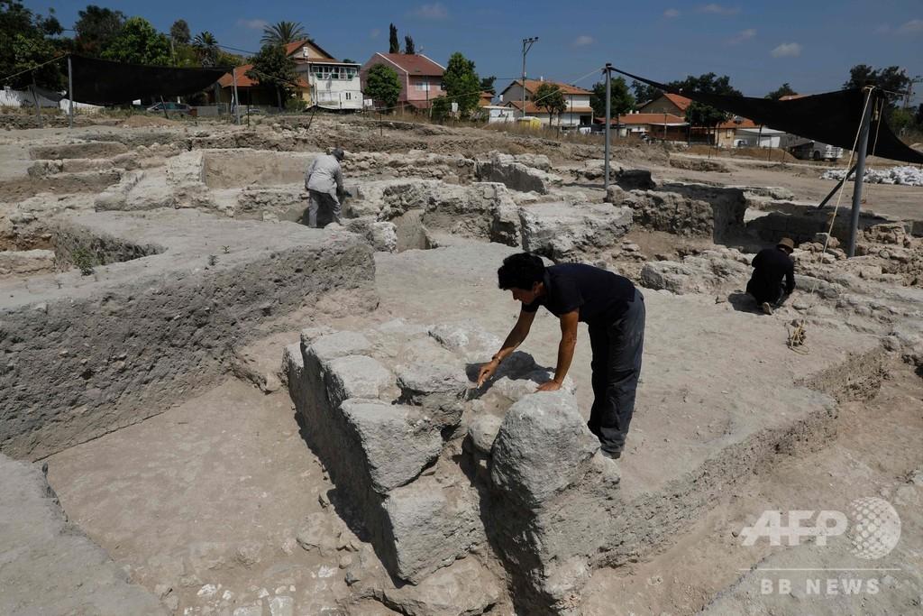 3世紀の古代陶器工房を発見、遊戯室や浴場も イスラエル