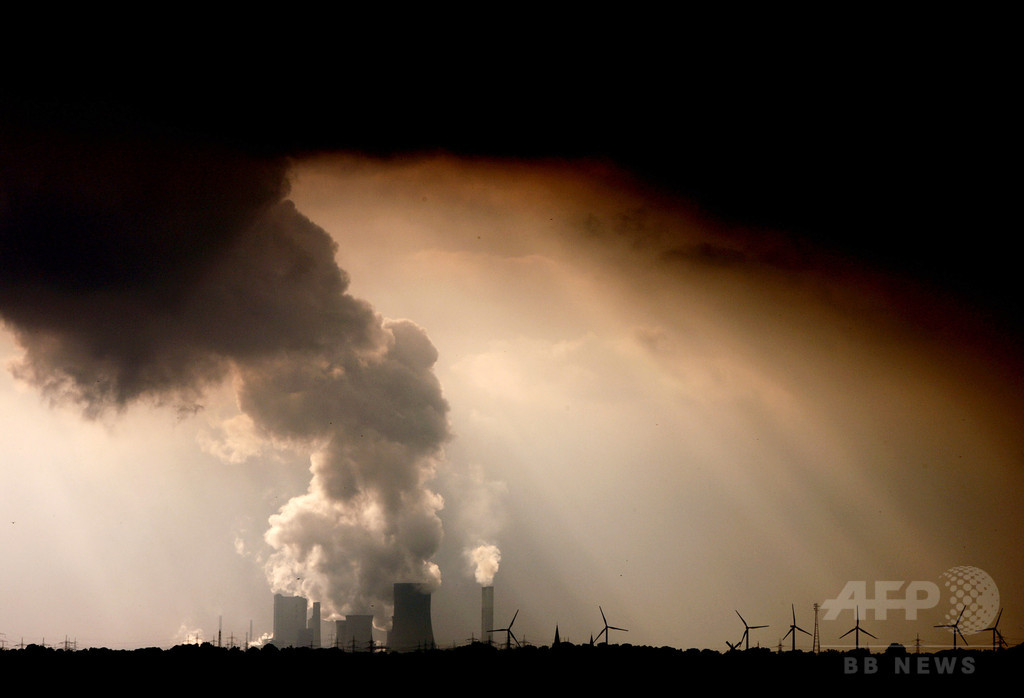 地球への脅威はるかに悪化、科学者1万5000人による「人類への警告」