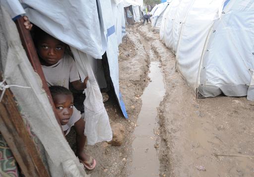 暴かれるハイチの秘密、国連派遣団の宿舎はクルーズ船