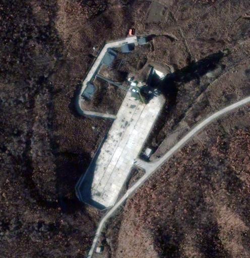 北朝鮮がロケットを打ち上げ、「成功」と発表