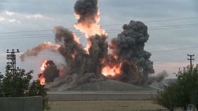 動画:「イスラム国」戦闘員を狙った空爆の瞬間