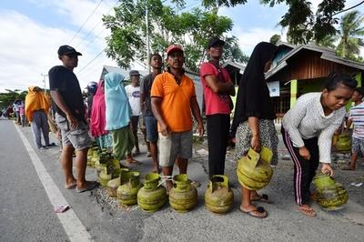 スラウェシ島地震、当局が外国の援助スタッフを被災地から締め出し