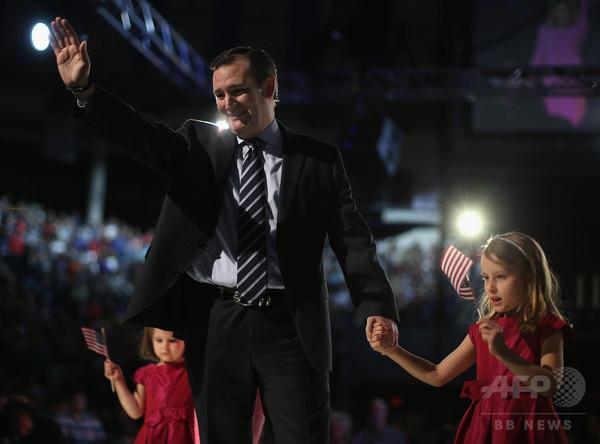 米大統領選で「風刺画戦争」勃発、共和党候補の娘をサルに例える