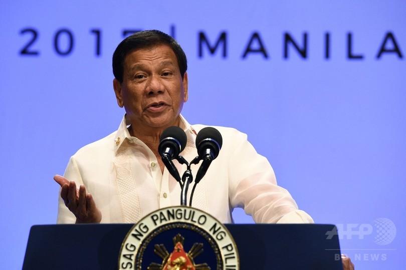 ドゥテルテ比大統領、南シナ海問題で中国非難せず ASEAN