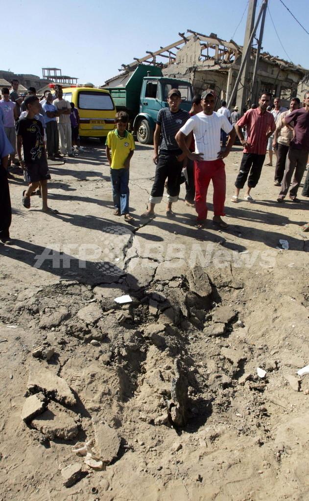 警察署に自爆攻撃、8人死亡 アルジェリア
