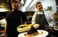 臭いは世界一?サメ肉を発酵させたアイスランドの伝統料理