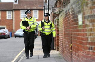 英警察、予算不足で「スカイプ事情聴取」を試験導入