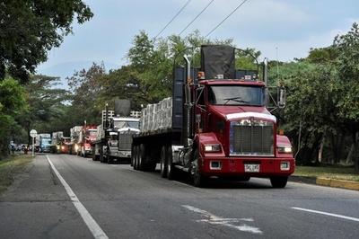 ベネズエラ、欧州議員団の入国拒否 グアイド氏はボラ100万人で対抗宣言