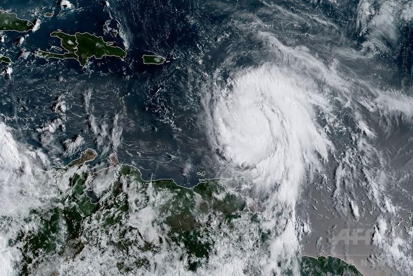 カリブ海にまたハリケーン接近 「極めて危険」なカテゴリー4