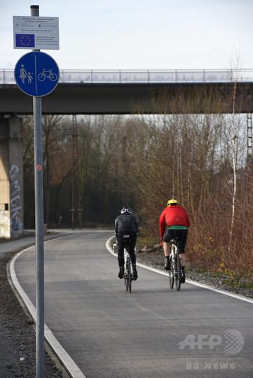 ドイツ初、自転車用の高速道路が開通