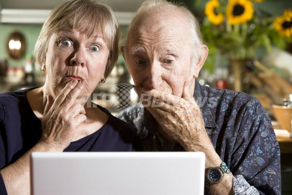 フェイスブックで高齢者の認知能力が鋭敏に、研究