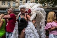 ドイツで「ゲイ・プライド」パレード、同性婚の合法化祝う