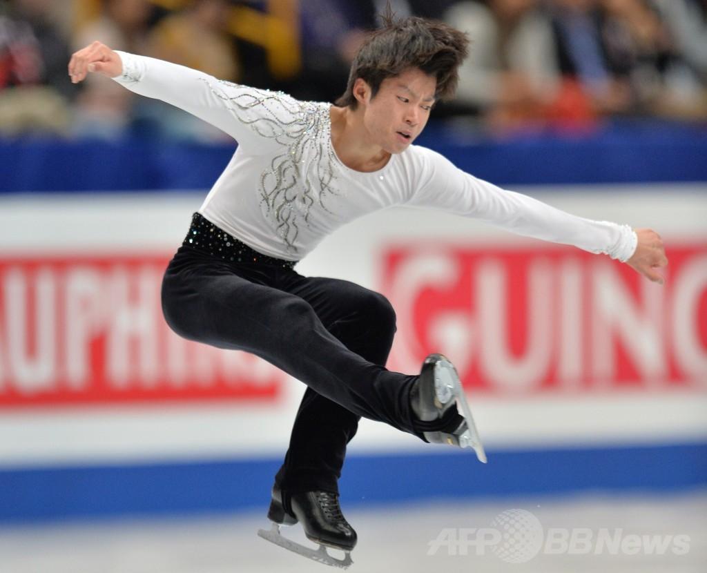 男子SPで首位に立った町田、世界フィギュア