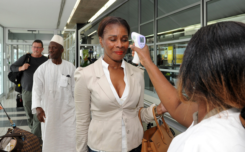 WHO、航空・観光の国際機関とエボラ対策本部を設置