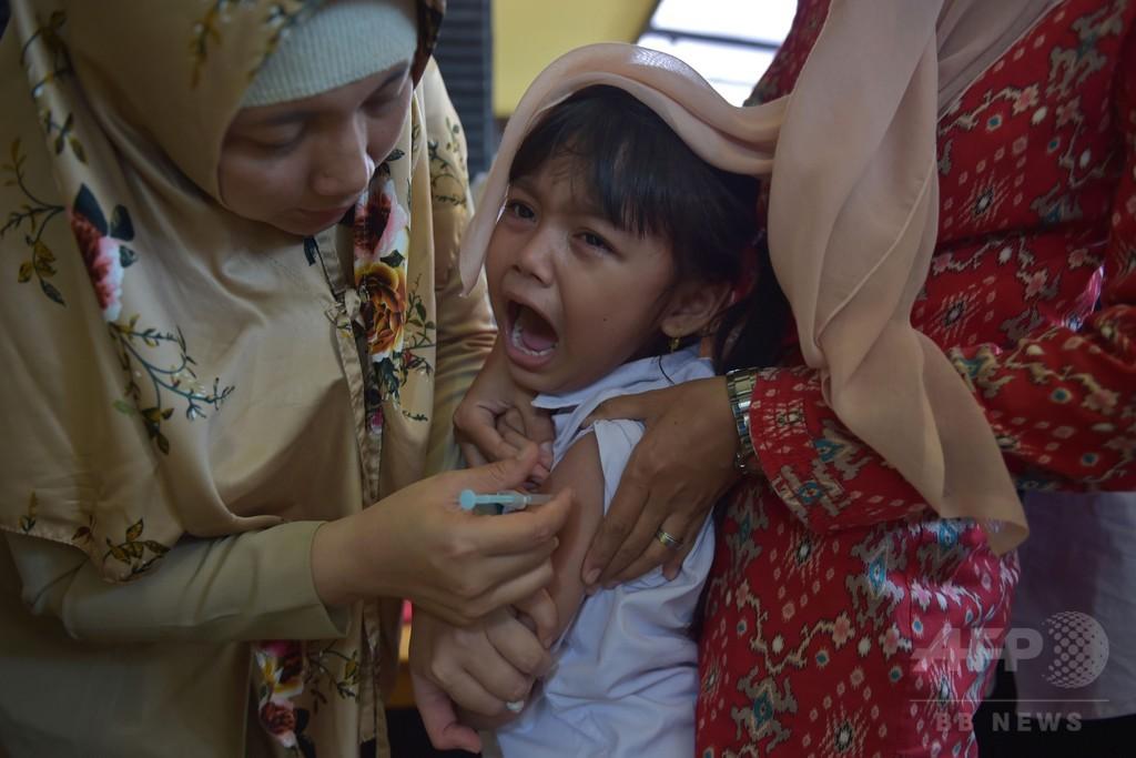 インドネシア、ジフテリア感染拡大で児童800万人にワクチン接種