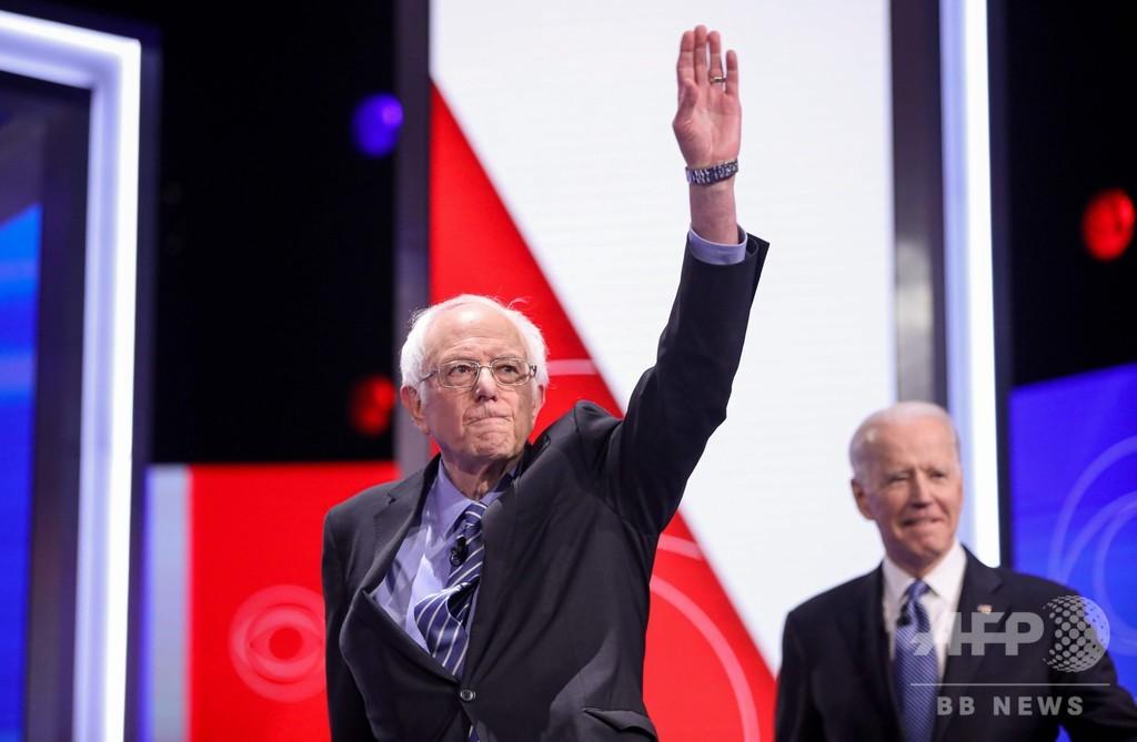 サンダース氏、選挙戦を継続 撤退圧力高まるも 米大統領選の民主指名争い