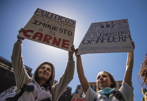 温暖化対策を!若者たちが世界一斉デモ 推計100万人超 国連事務総長も支持