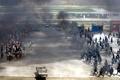 北京警察が「テロ制圧」大演習、天安門事件25年を前に実力誇示
