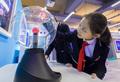 小学生が科学普及授業を楽しむ フフホト市