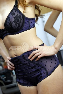 仏女性、下着に求めるのはセクシーさと快適さ Gストリングにノー