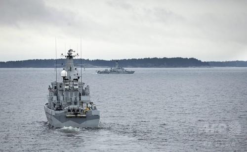 スウェーデン軍、外国潜水艦に「武力行使も」 目撃情報続く