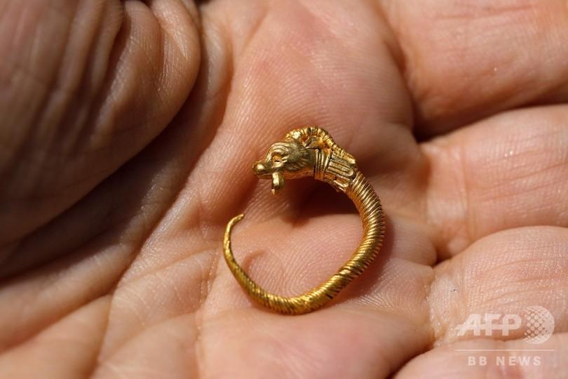上流階級の黄金のイヤリングを発見、紀元前2~3世紀 東エルサレム