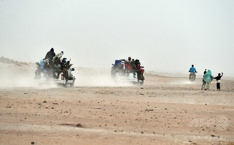 砂漠に子どもら34人の遺体、密入国業者が置き去りか ニジェール