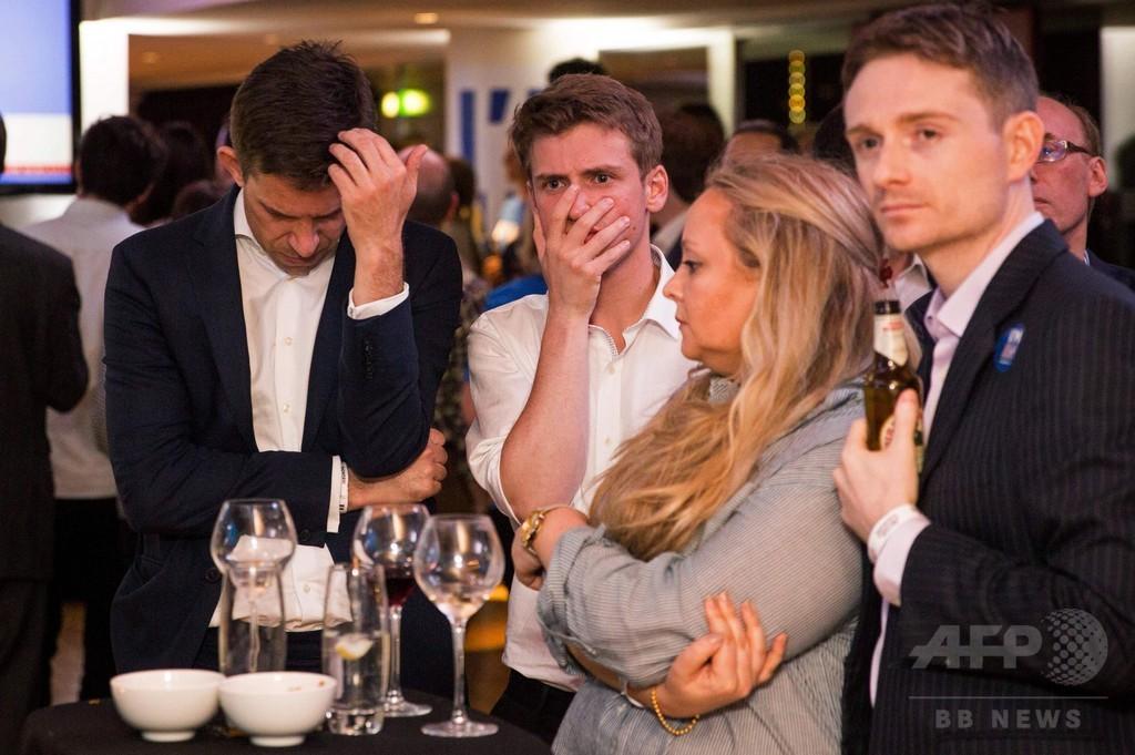 英国民投票、ブックメーカーが「離脱」予想に転向