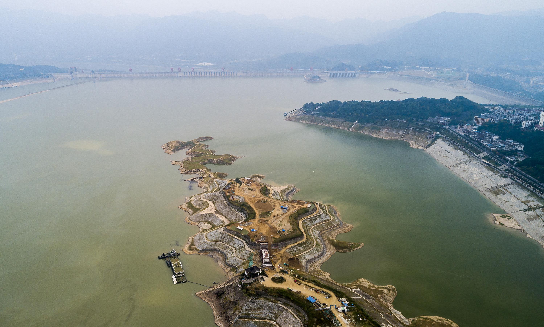三峡ダム、今年の試験貯水を開始