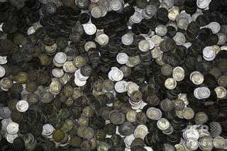 190万円分の損傷硬貨集め紙幣交換試みた男性に無罪、オーストリア