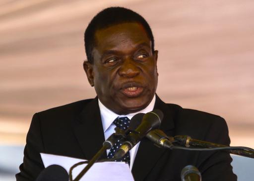ジンバブエ副大統領、解任される ムガベ夫人が次期大統領の最有力候補に