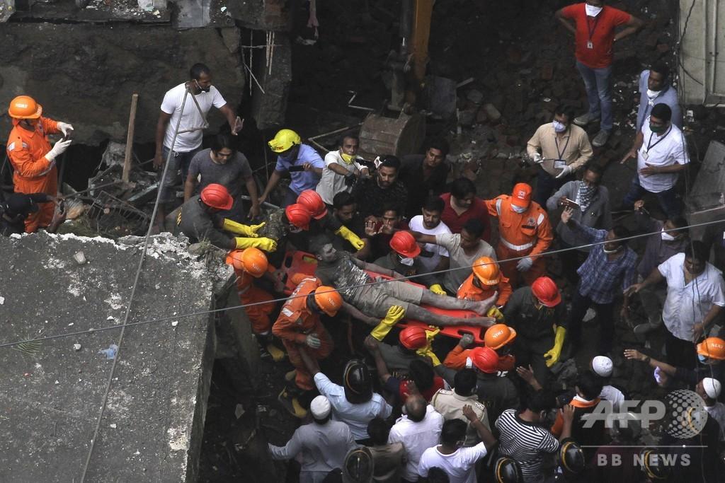 印西部で3階建てアパート倒壊、10人死亡 25人生き埋めの恐れ