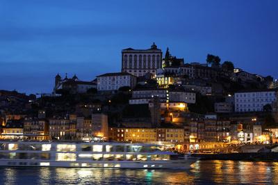 ポルトガルの港町ポルトの歴史地区