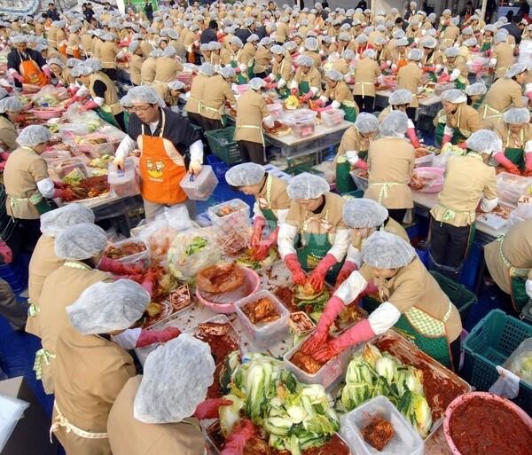 韓国、お家芸のはずのキムチ貿易で対中赤字