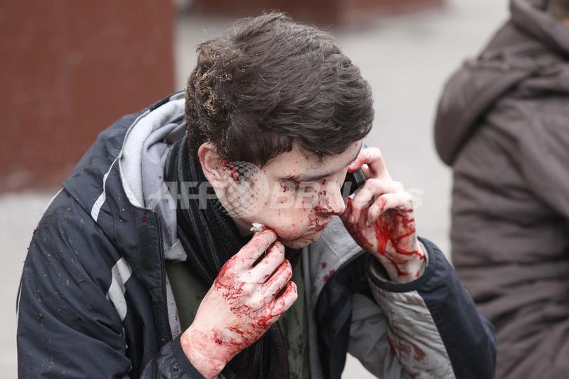 モスクワ地下鉄の自爆攻撃、「首謀組織をせん滅する」ロシア首脳