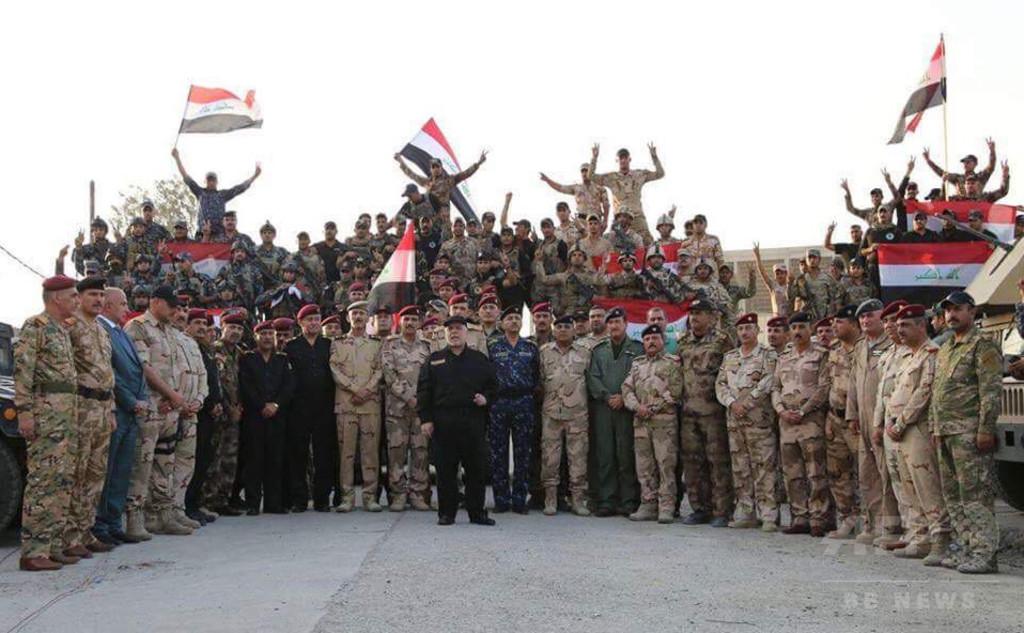 イラク首相、モスルで「蛮行とテロリズムに対する勝利」宣言