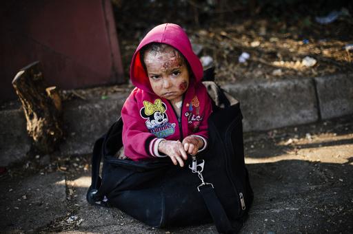 シリア政権側、新たな化学兵器攻撃か 米が報復警告