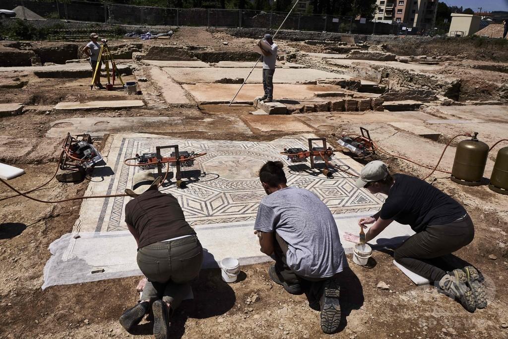 「リトル・ポンペイ」 仏南東部で遺跡発見 モザイク画も