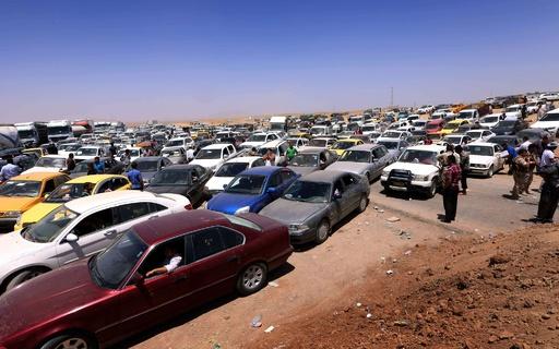 過激派掌握のイラク・モスルから約50万人脱出