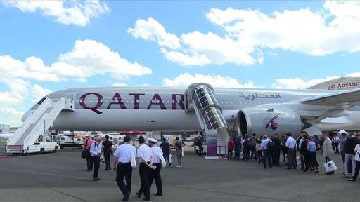 動画:パリで世界最大の国際航空ショー開幕