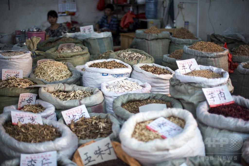 伝統薬酒を「有毒」と評した医師、警察に3か月拘留される 中国