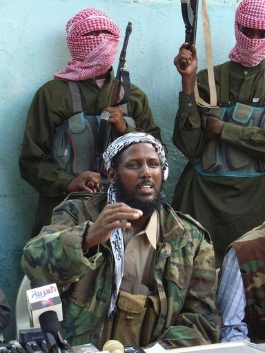 ソマリアのイスラム武装勢力「シャバブ」、海賊にタンカー解放を要求