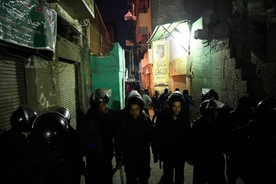 警察に追われていた男が自爆、警官2人死亡 エジプト・カイロ
