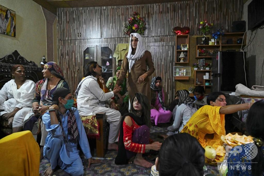 コロナ禍、トランスジェンダーの経済的自由脅かす パキスタン