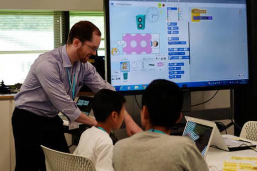 【学校見学会】外国人教員によるエンジニアリングデザイン教育やSTEM教育を英語で体験