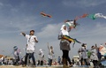 東日本大震災から4年、子どもたちがたこ揚げで追悼 ガザ地区