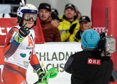 アルペンW杯で滑走中にファンが投雪、クリストファーセン「腹が立つ」