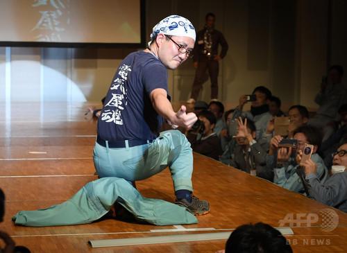 作業着はかっこいい!電気工事士たちがファッションショー開催 東京