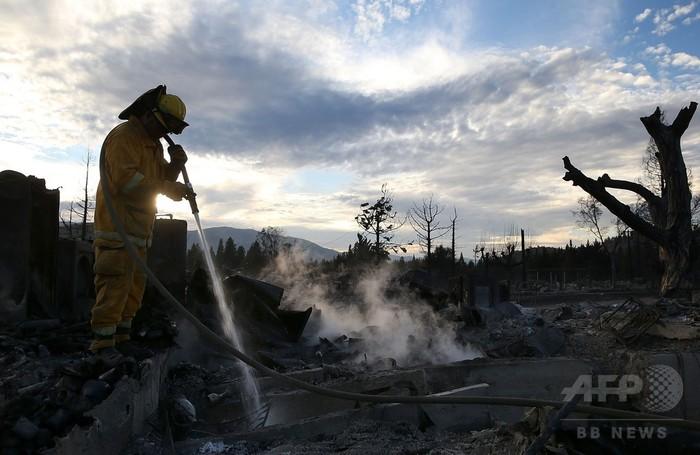 米カリフォルニア州で山火事多発...